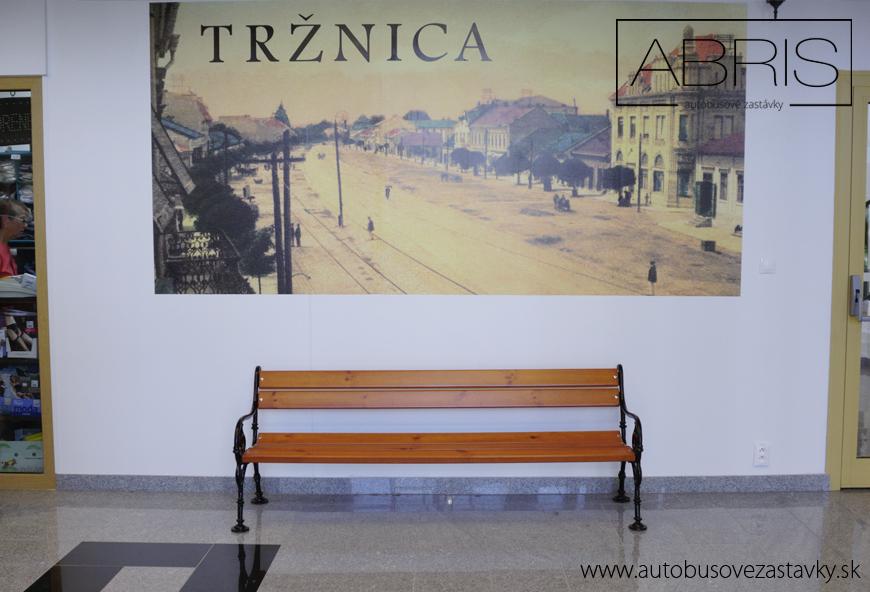 Parkove-lavicky-schonbrunn-umiestene-v-trznici-v-michalovciach-www.autobusovezastavky.sk